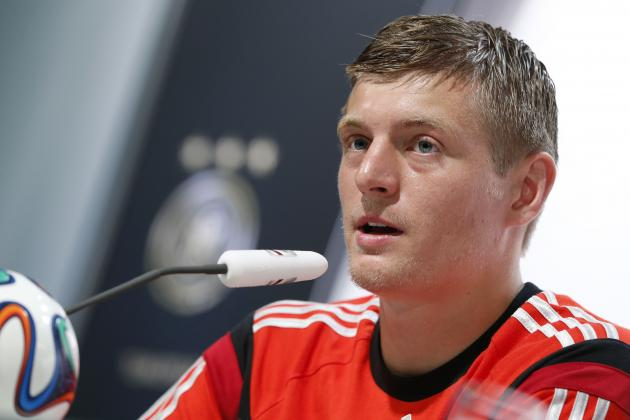 Real Madrid Transfer News: Toni Kroos Targeted in Battle with Barcelona