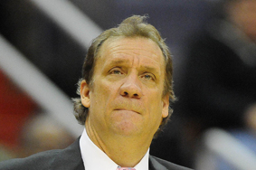 Timberwolves' Flip Saunders Says Trade Talk Is at 'Feeding Frenzy'