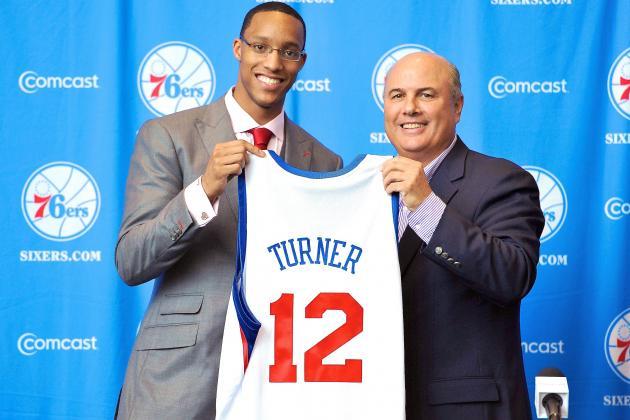 Inside the Debates and Frenzy of an NBA Draft War Room with a Former GM