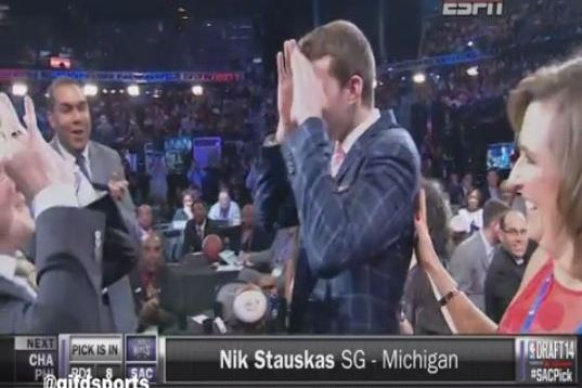 Nik Stauskas Breaks out '3 Goggles' Handshake After Being Drafted by Kings
