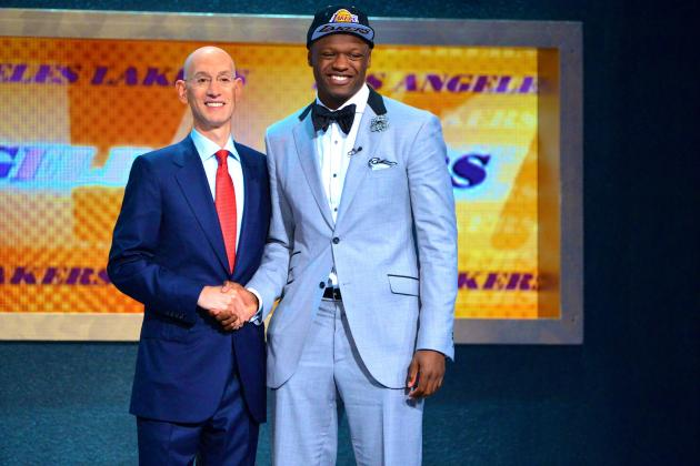 With Roster in Transition, Lakers Offer Rare Opportunity for Julius Randle