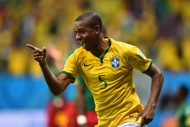 Why Fernandinho Must Be Handed Start for Brazil in World Cup Clash Against Chile