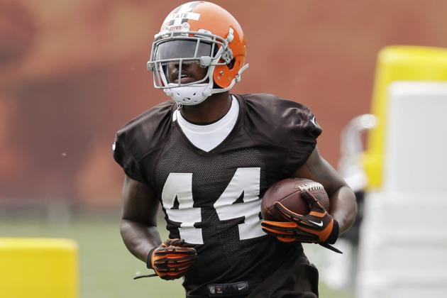 Mike Pettine Embraces a Committee Approach in Browns' Backfield