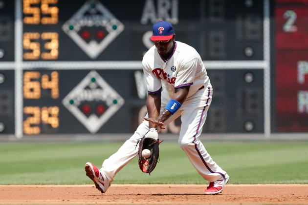 Braves Benefit on Ryan Howard's Error