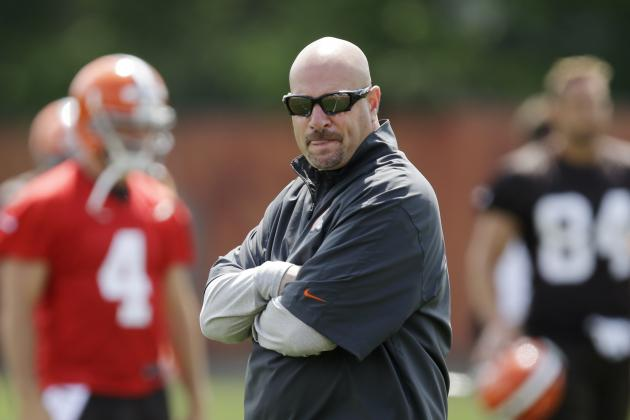 Mike Pettine Would Rather the Browns Have Camp off Campus