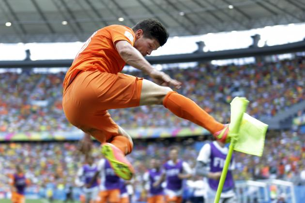 Huntelaar Proved His Value by Blasting the Netherlands Past Mexico
