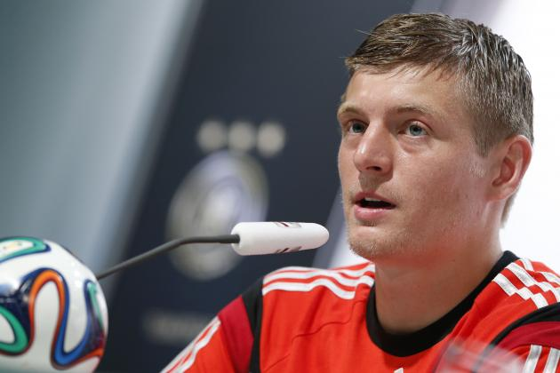 Toni Kroos Is an Ideal Signing for Real Madrid, but He Could Force Others out