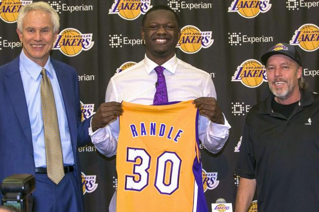 Julius Randle Ready to Fulfill Lakers' Massive Expectations