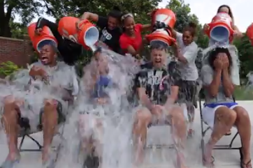 Marcus Lee Attempts the Cold Water Challenge