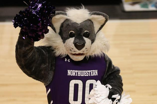 Video: Willie the Wildcat Says Goodbye to Northwestern's Scoreboard