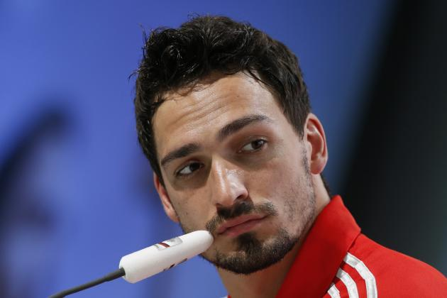 Manchester United Transfer News: Mats Hummels Bid Reported, Stefan De Vrij Eyed