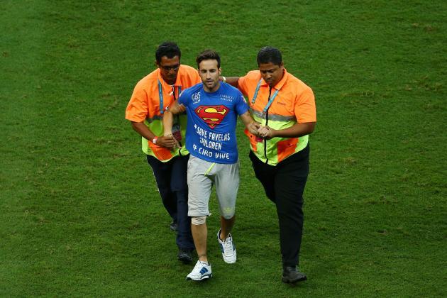 Após invasão, torcedor tem três dias para sair do Brasil