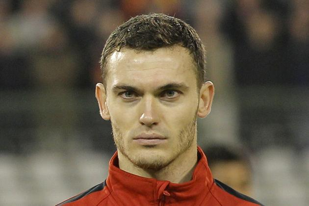 Arsenal Defender Thomas Vermaelen Is the Wrong Player for Manchester United