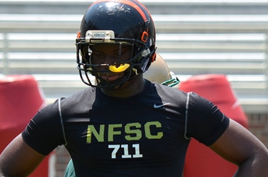 USF Adds 3-Star DE Bronson to 2014 Class