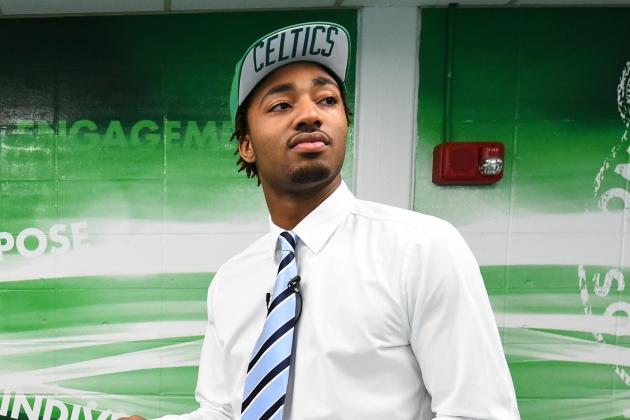 James Young Takes in First Baseball Game at Fenway