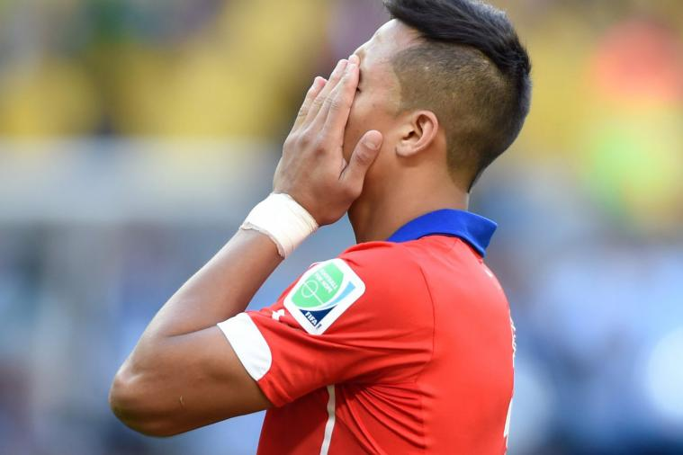 Alexis Sanchez to Join Arsenal? Agent Follows Club on Twitter Is Tenuous Hint