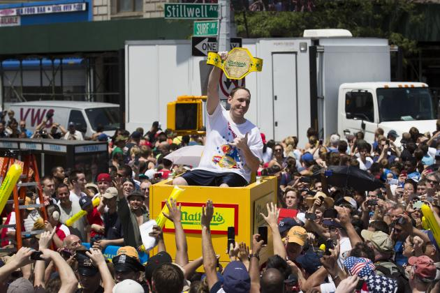 Joey Chestnut Eats 61 Hot Dogs to Win 2014 Nathan's Hot Dog Eating Contest
