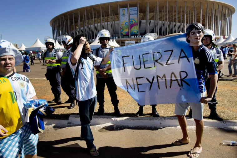 Argentina Fans to Injured Brazilian Star Neymar: 'Strength, Neymar'