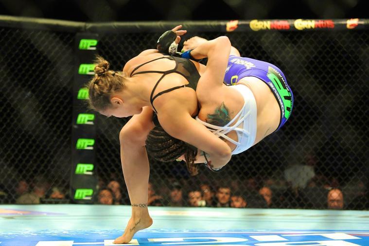 UFC 175: Recapping the Fight Night Bonuses