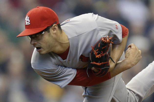 Cards Notebook: Kelly Likely to Make Return Start Friday