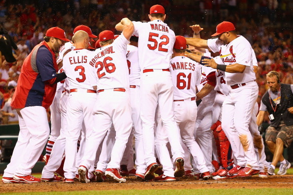 Wong's Walk-off HR Lifts Cards Past Pirates 5-4