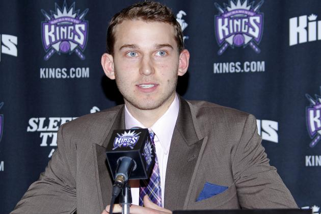Kings Sign First-Round Pick Nik Stauskas