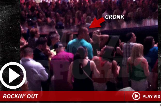 Rob Gronkowski -- HITS KATY PERRY CONCERT