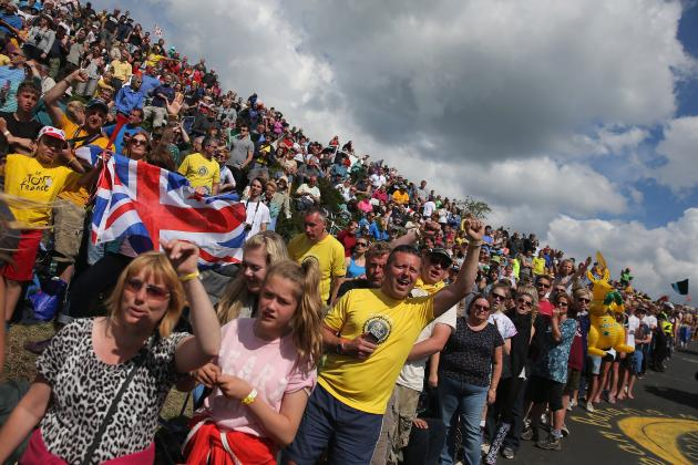 Tour De France 2014: Crowds and Cobbles Test Riders Racing for Yellow Jersey