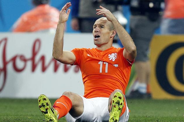 Twitter Reacts to Robin Van Persie, Arjen Robben's Performances vs. Argentina