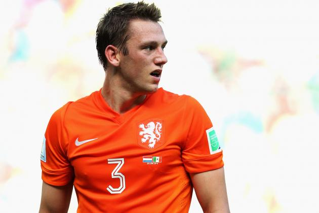 Manchester United Transfer News: Stefan De Vrij Blow Dealt to Louis Van Gaal