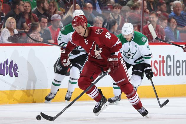 Coyotes Sign Moss to One-Year Contract