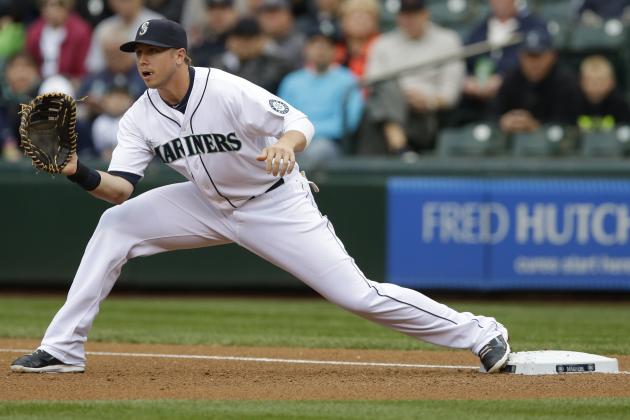 Mariners Recall Smoak from Tacoma After Putting Saunders on Disabled List