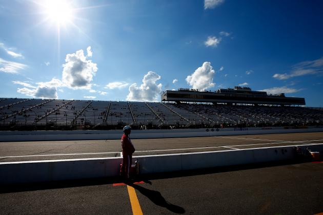 NASCAR at New Hampshire 2014: Race Schedule, Live Stream Info, Drivers to Watch