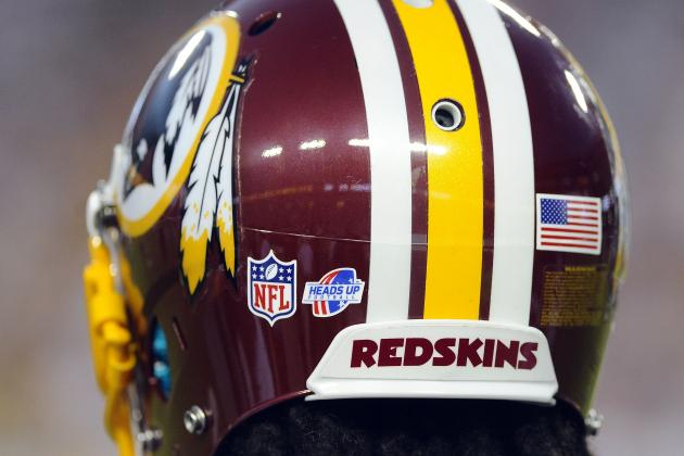 U.S. AG Holder: Redskins moniker 'offensive'