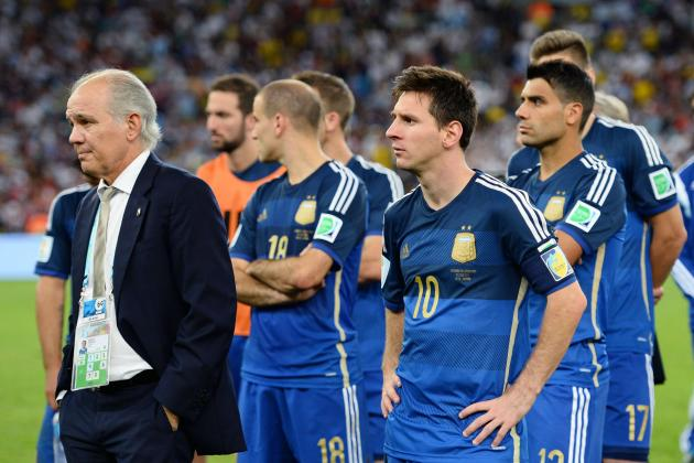 Argentina Should Stick with Sabella as Coach Rather Than Martino