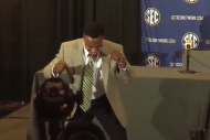 Watch Alabama WR Christion Jones Dance in the Midd…