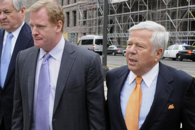 Goodell, Kraft Talk Possibility of Teams in L.A., London