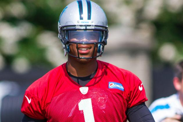 Cam Newton Works with Other Panthers on Chemistry