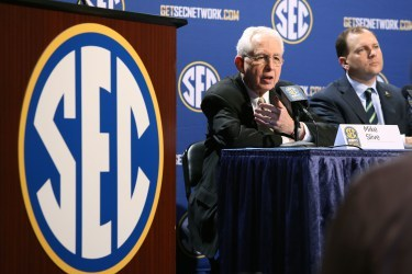 Report: Comcast, DirecTV Nearing Deals with SEC