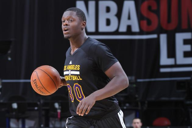 What Does Los Angeles Lakers Claiming Carlos Boozer Mean for Julius Randle?