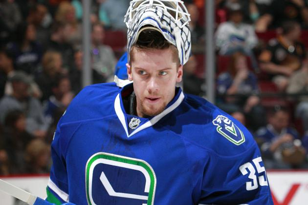 Vancouver Canucks Have a Whole New Goalie Controversy to Deal with in 2014-15