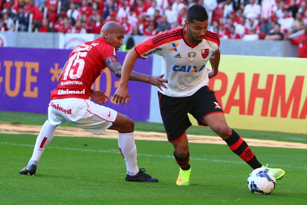 Former Arsenal Defender Andre Santos Reportedly Attacked by Fans in Brazil