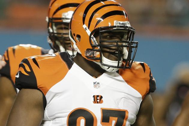 Bengals Place Geno Atkins, Leon Hall on Physically Unable to Perform List