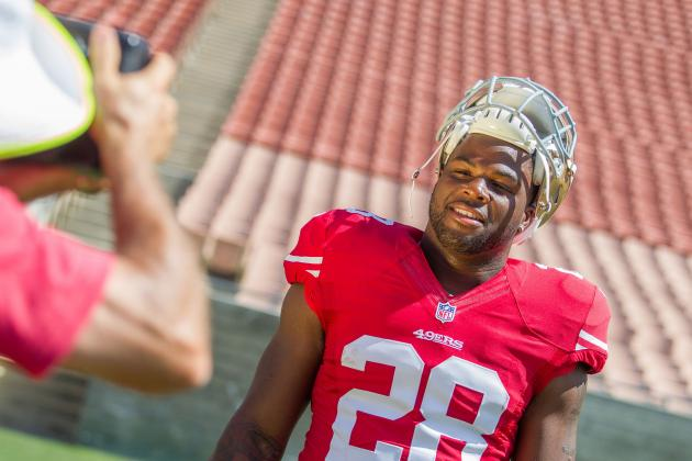 San Francisco 49ers: How Many Carries Will Carlos Hyde Get in 2014?