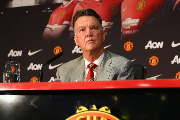 Louis Van Gaal Has Quick Decisions to Make at Manchester United