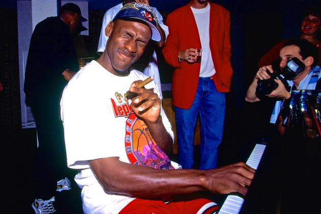 Michael Jordan's Final Contract with Chicago Bulls Up for Auction