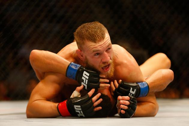 Conor McGregor Signs Book Deal, Release Date Set for Autumn 2015