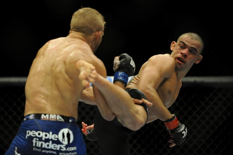 Renan Barao Says He Woke Up in the Locker Room at UFC 173