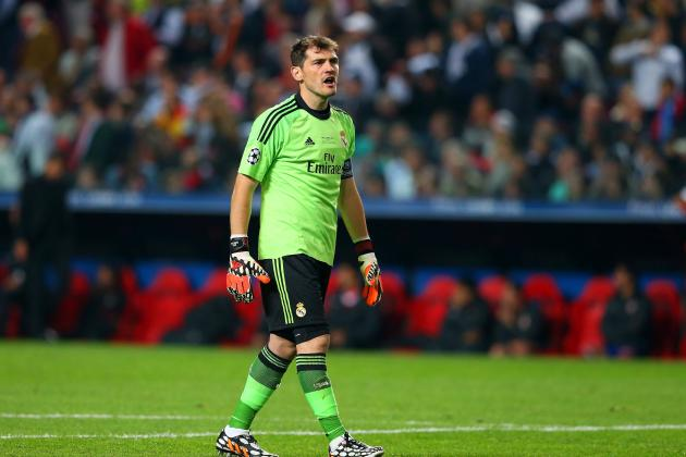 Arsenal Transfer News: Iker Casillas Terms Emerge, Latest on Santi Cazorla