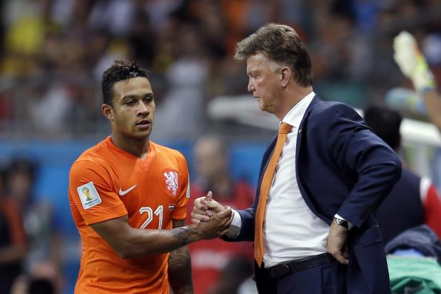 Manchester United Transfer News: Memphis Depay Emerges as Louis Van Gaal Target